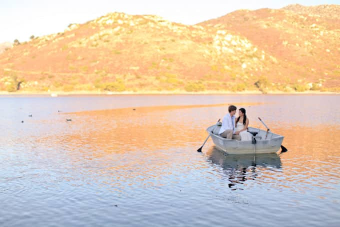 Romantic-Lake-Engagement_Allie-Lindsey_002