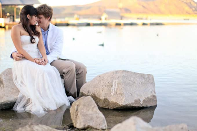 Romantic-Lake-Engagement_Allie-Lindsey_011