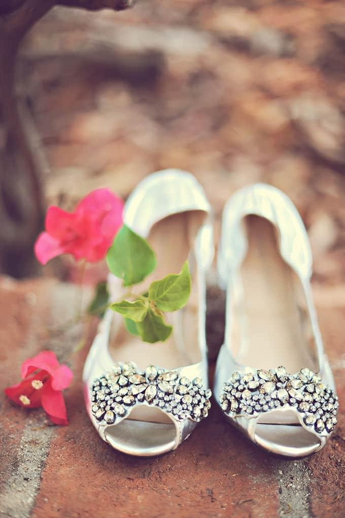 vintage-yellow-wedding-ArianaB-Photography-02