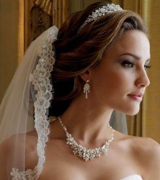Noivas e acessórios
